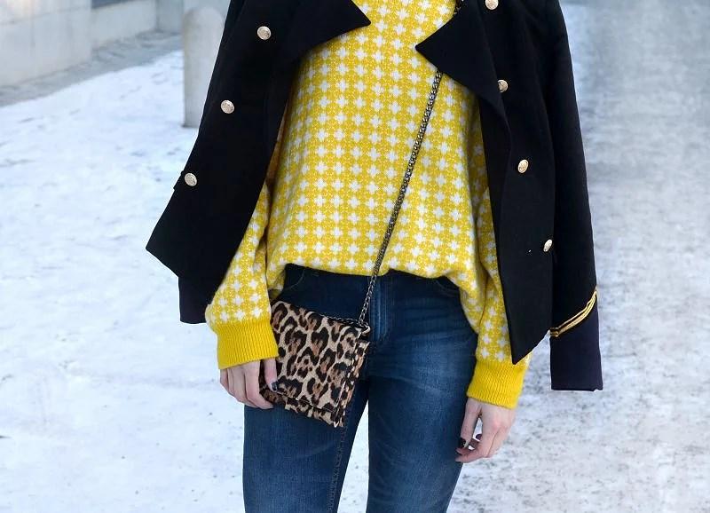 yellow20