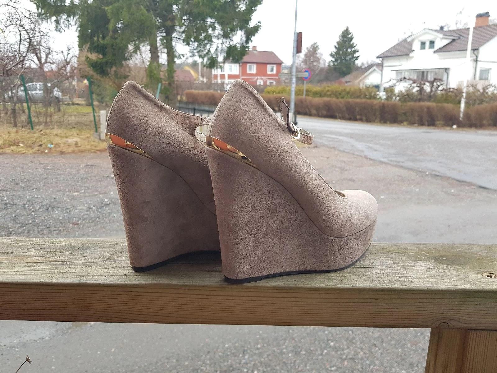 Nygamla skor