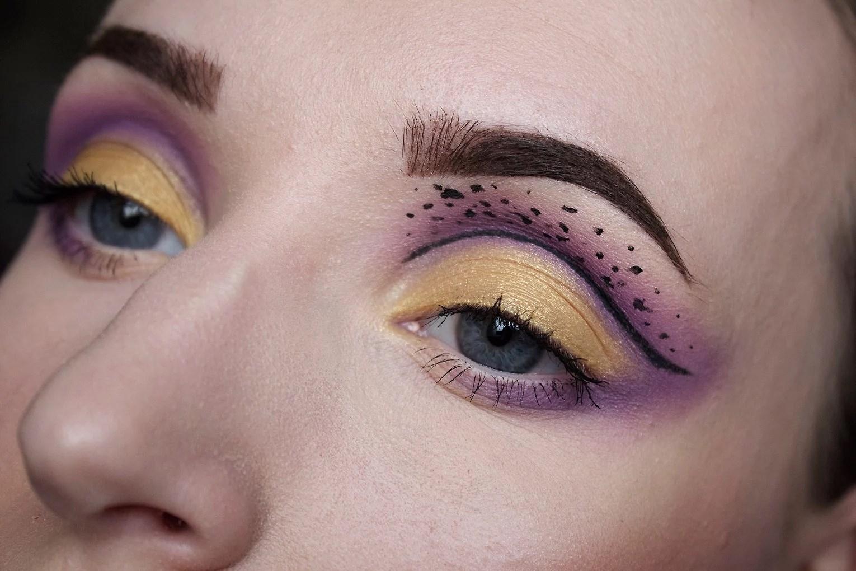 Makeup look: Purple & gold