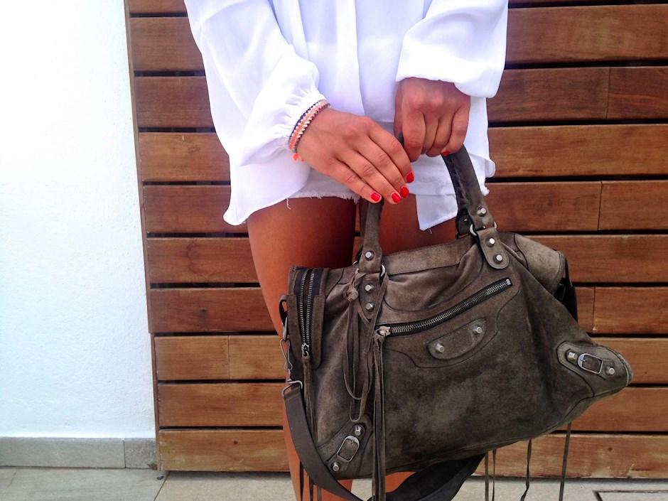 Balenciaga Väska Säljes : White outfit gertrudes