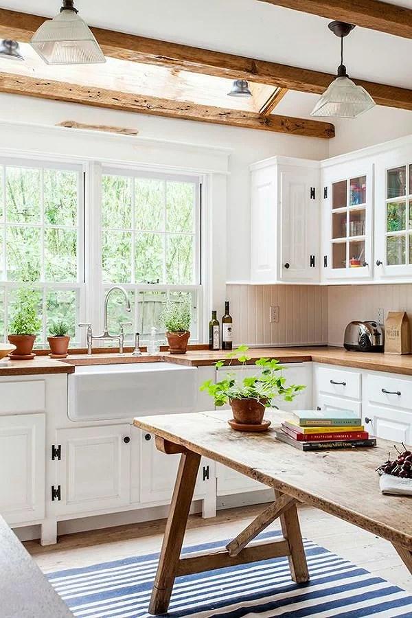 Deco: Cocinas nórdicas con detalles de madera rústica