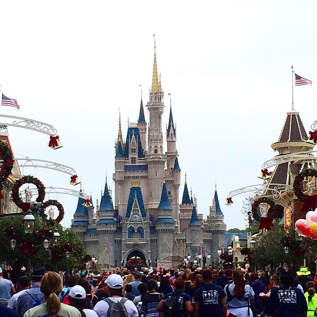 Disney förbjuder rökning på Walt Disney World och Disneyland