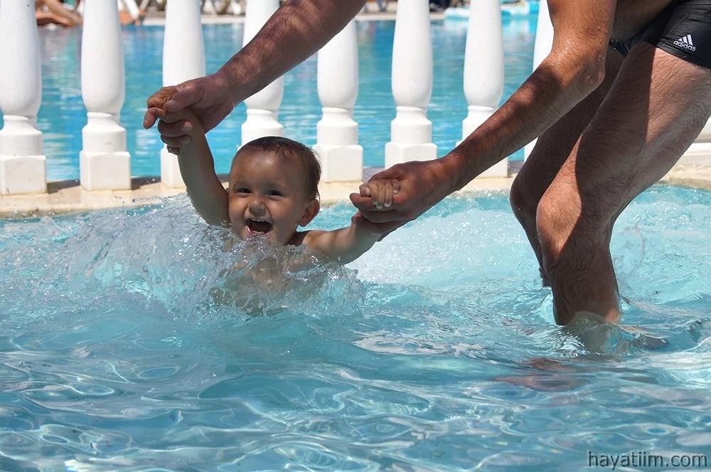 Lykken er ett basseng