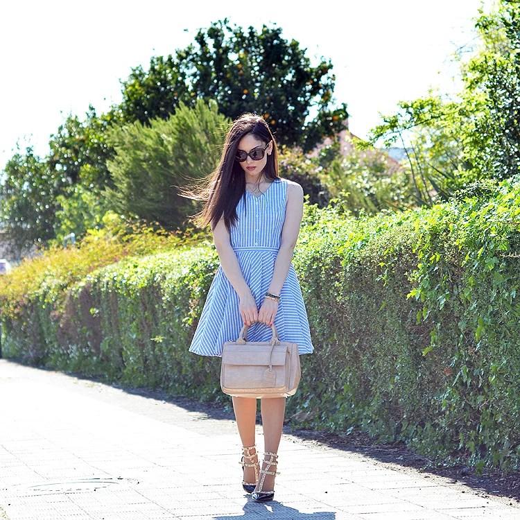 Zara_abaday_como_combinar_ootd_outfit_vestido_rayas_nude_02