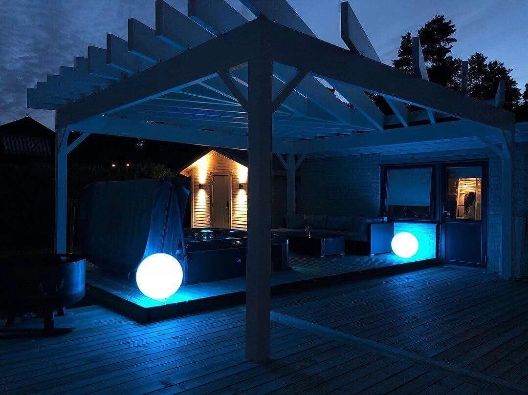 Kvällsmys med exklusiva ljusbollar