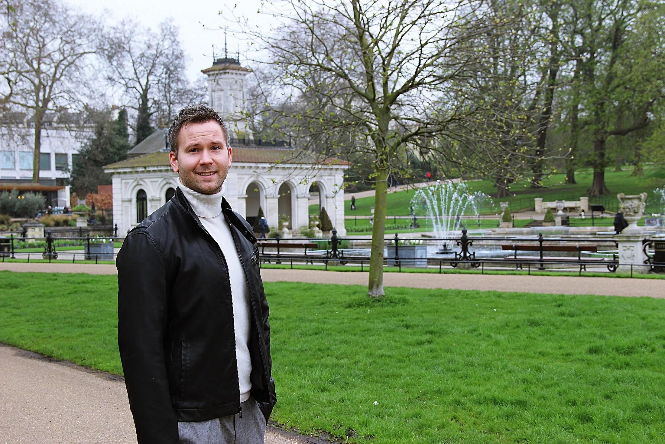 Strolling around in London