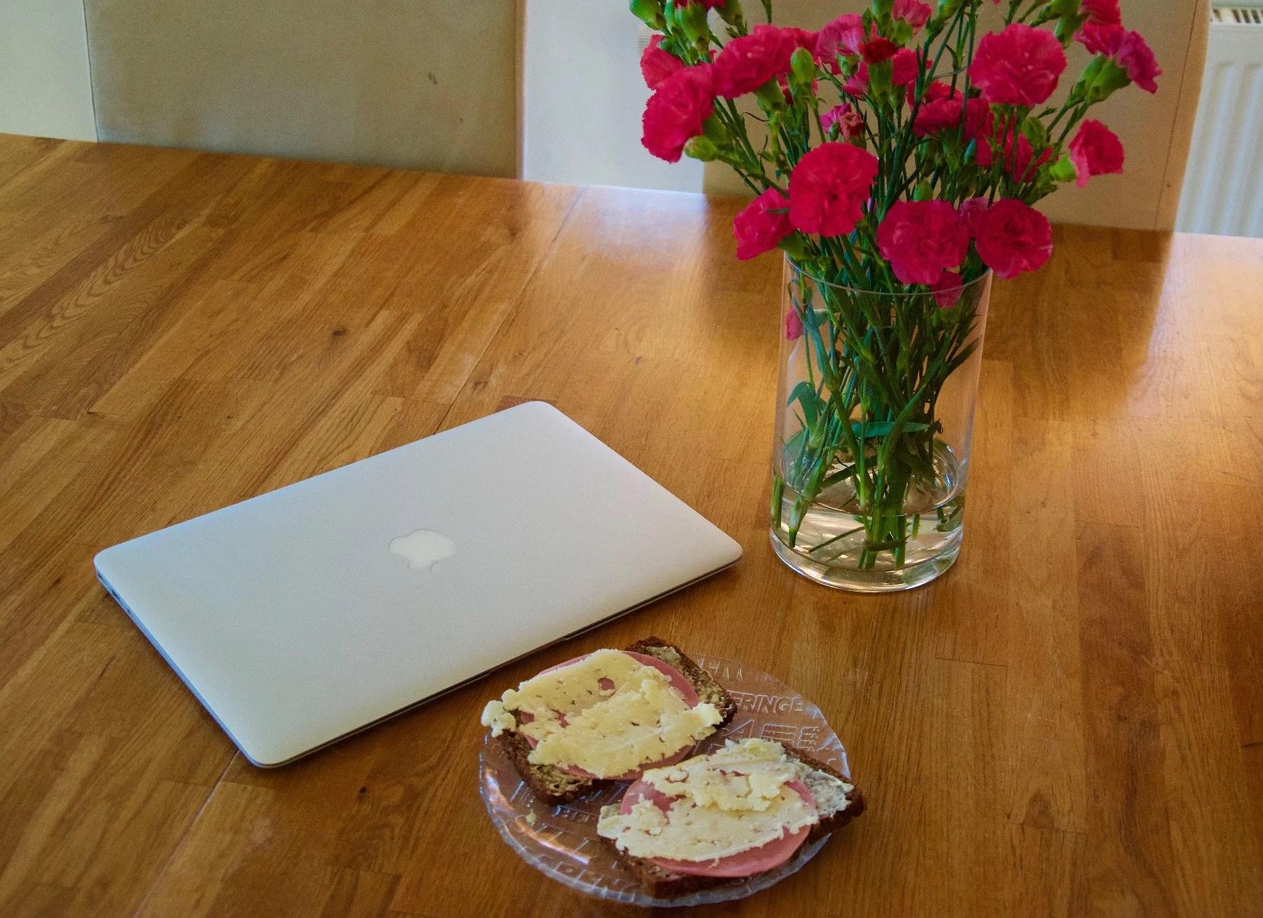 Lunch och blommor + låt tips