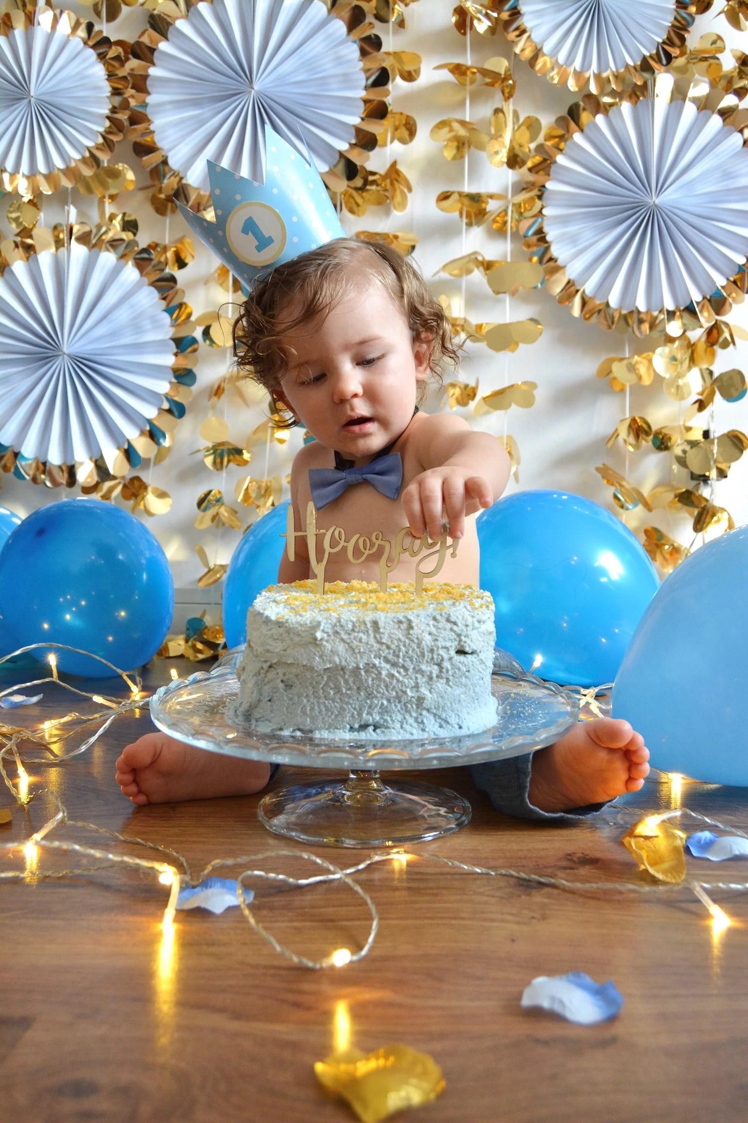 """Smash the cake"""