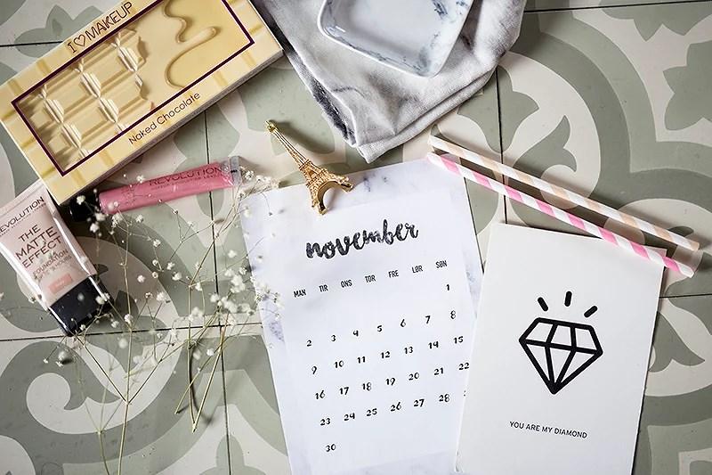 krist.in design gratis kalender november år grafisk design