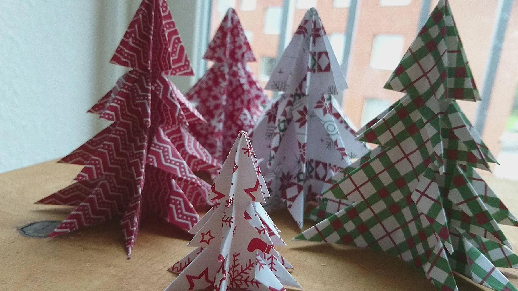 December Låge Nr. 2     Juletræer
