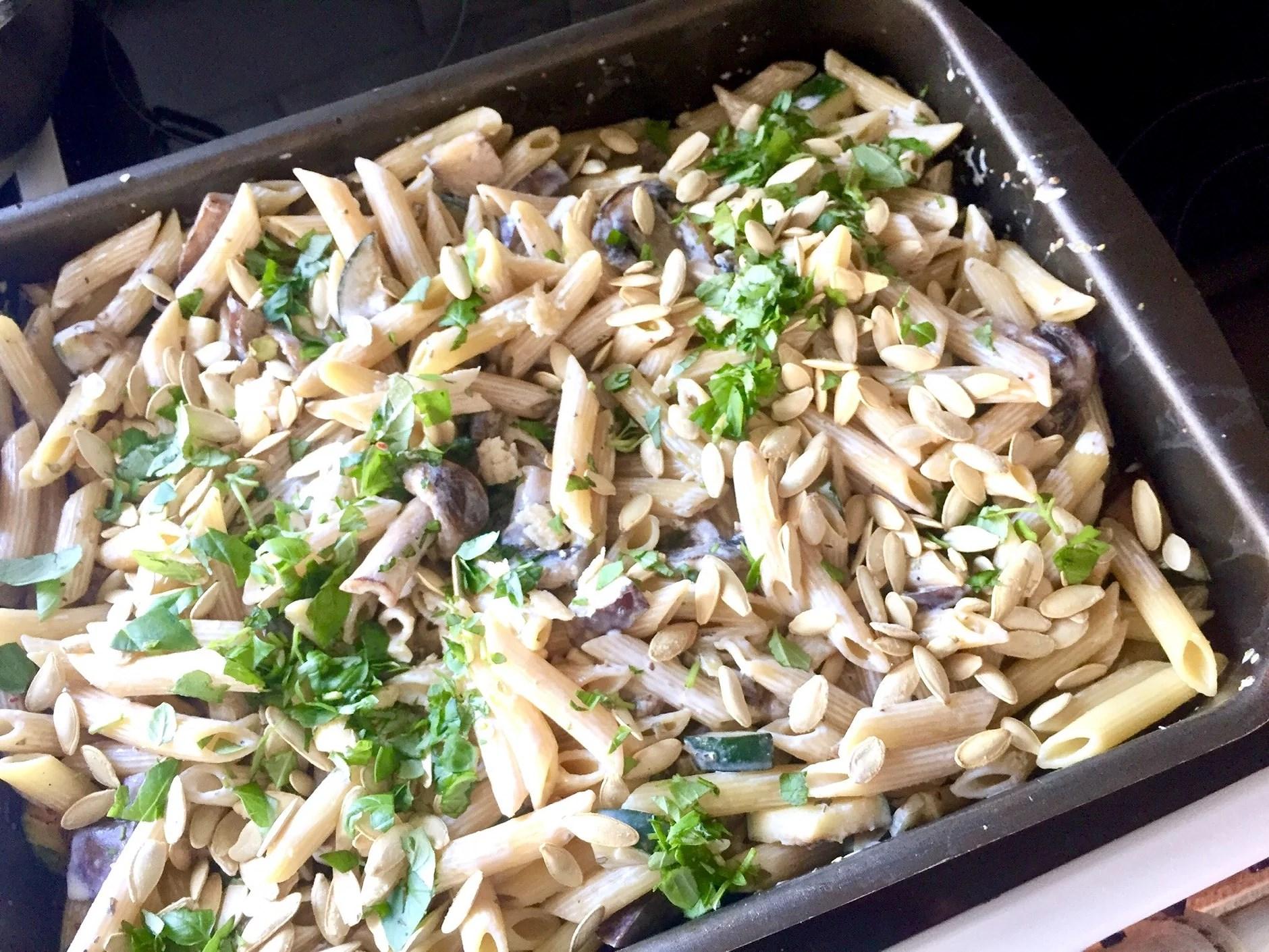 Pasta med zucchini och aubergine