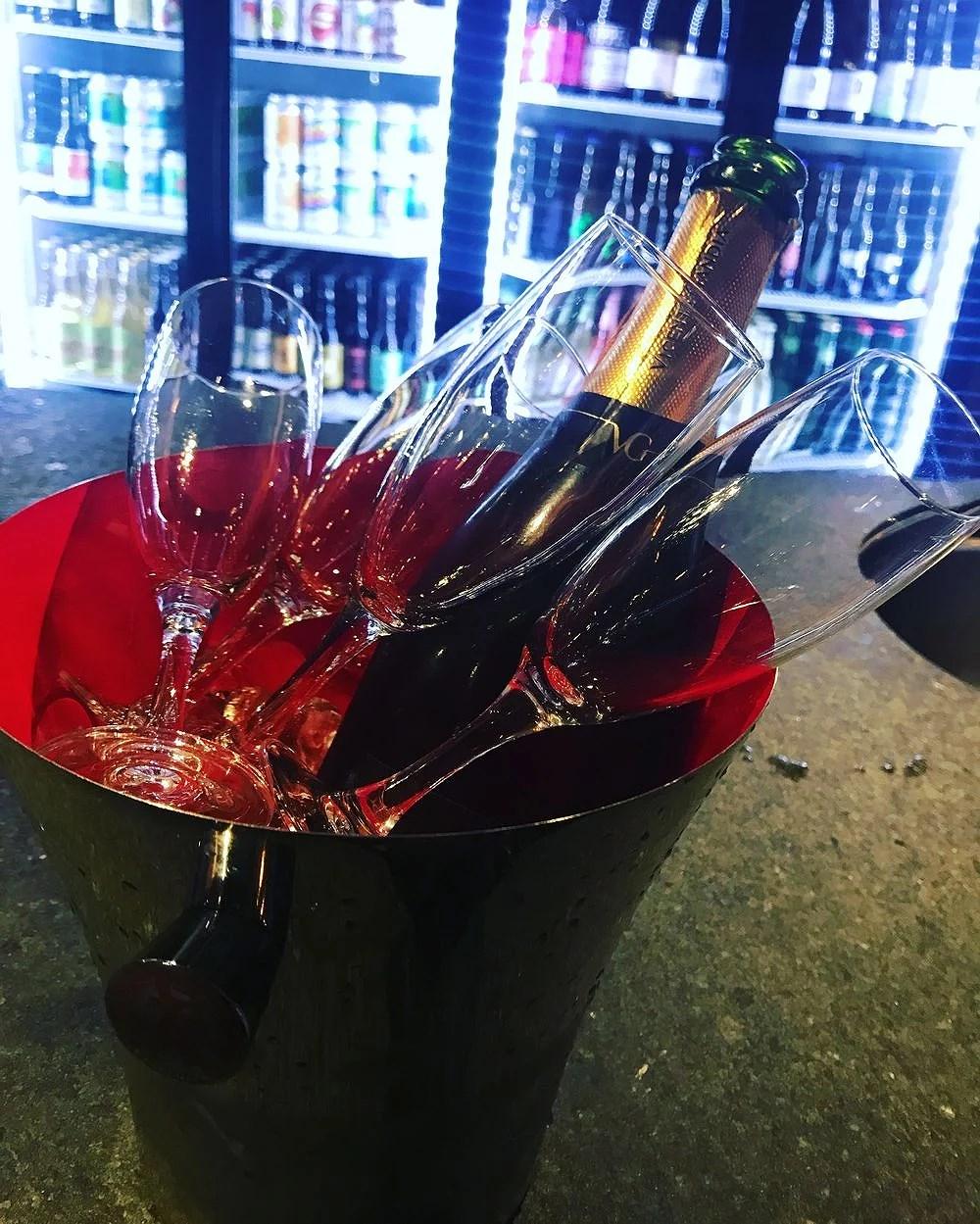 En flaska eller två