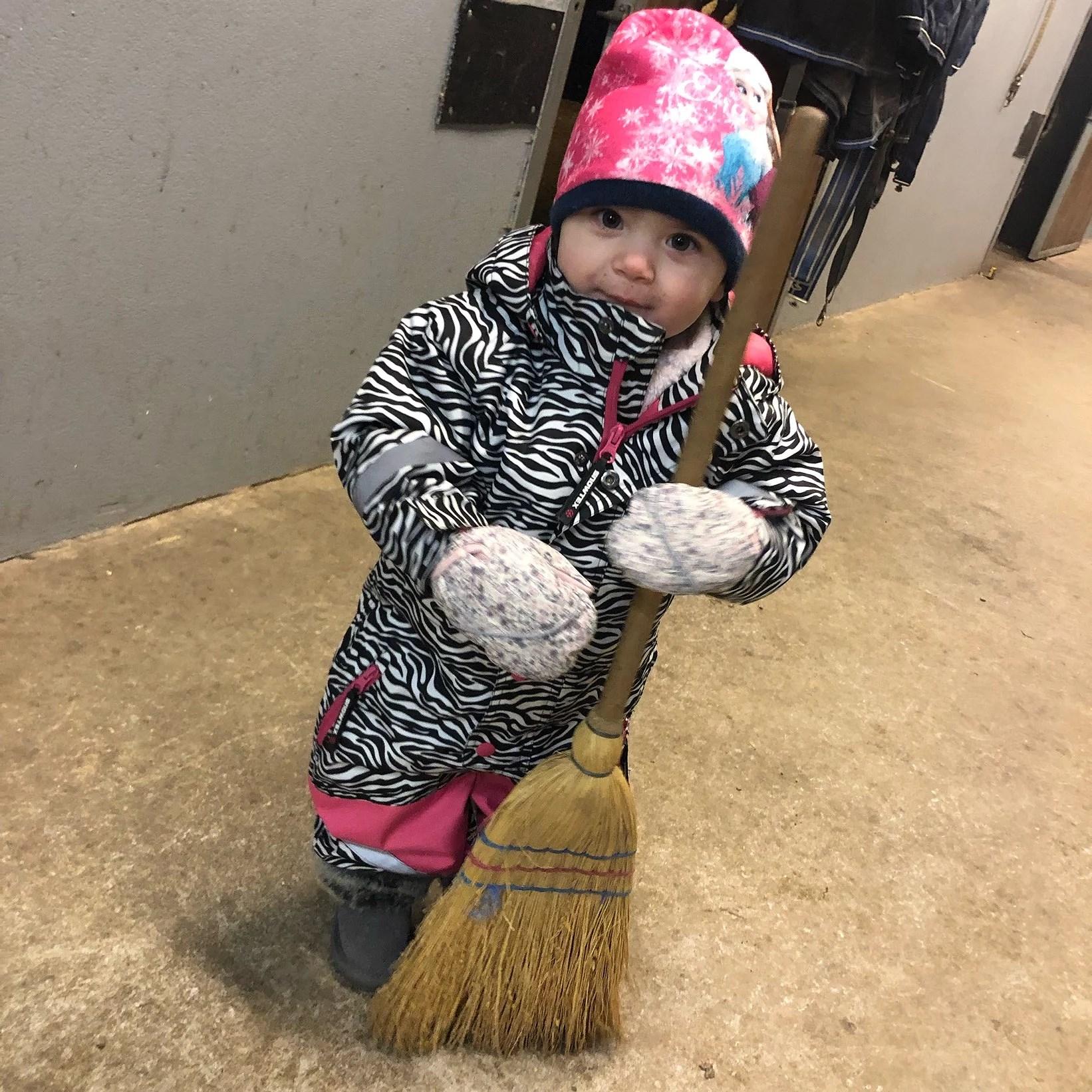Hjälpreda i stallet!