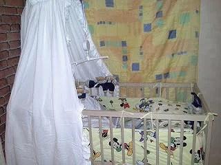 Lite om graviditeten och bebbens säng