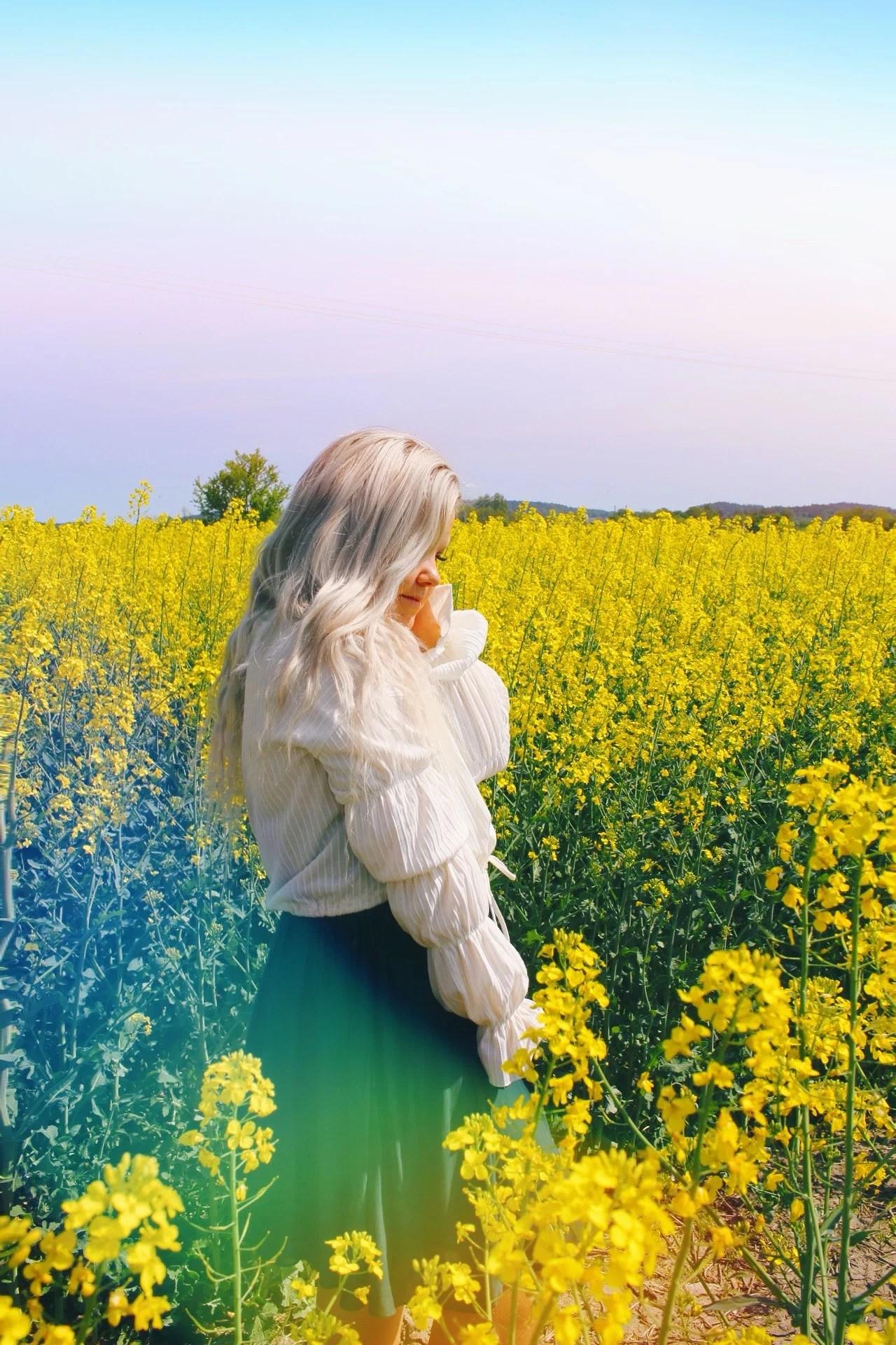 dancing in a yellow dream