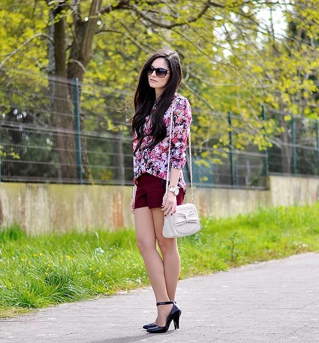 ...Burgundy & Flowers...