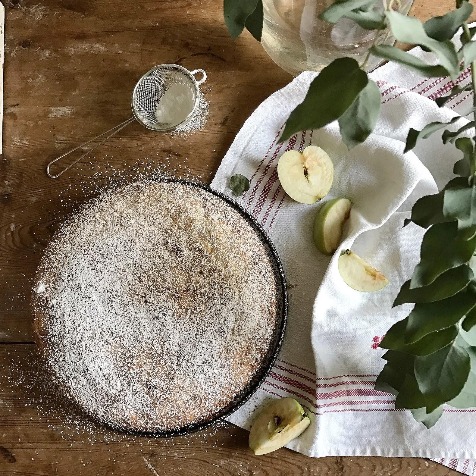 Äppelkladdkaka