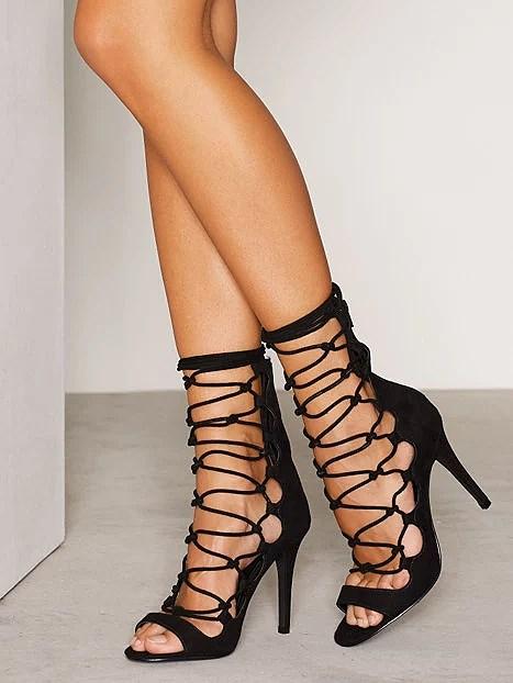 Snygga skor från Nelly