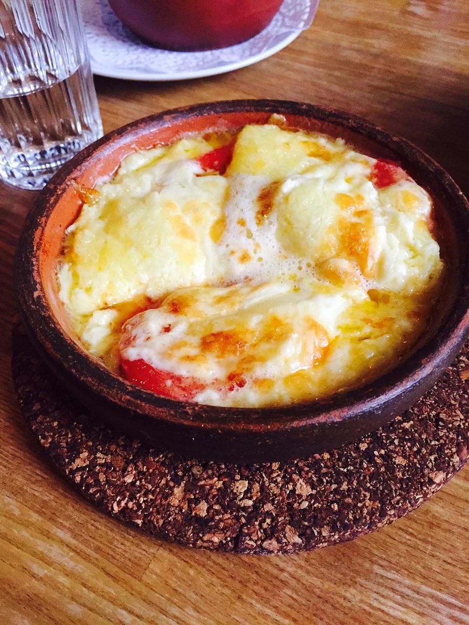 Smeltet ost og tomat..virker hver gang