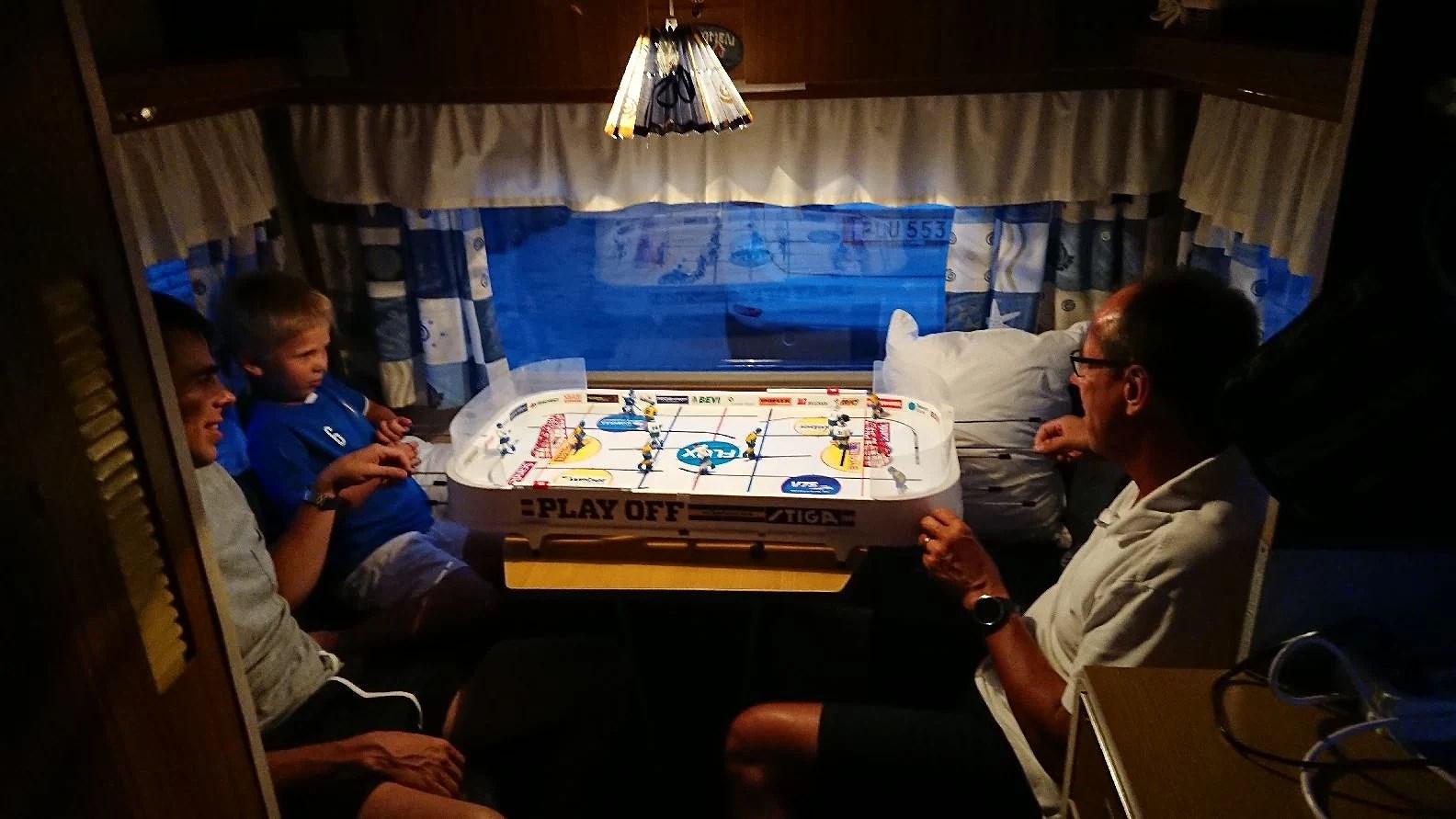 Familjen är samlad