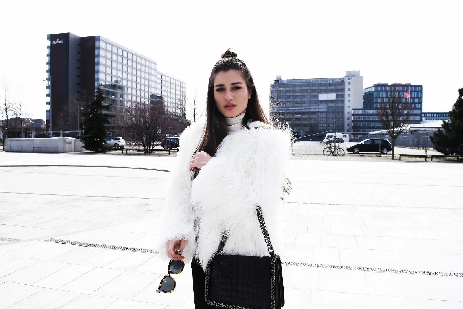 white fur1