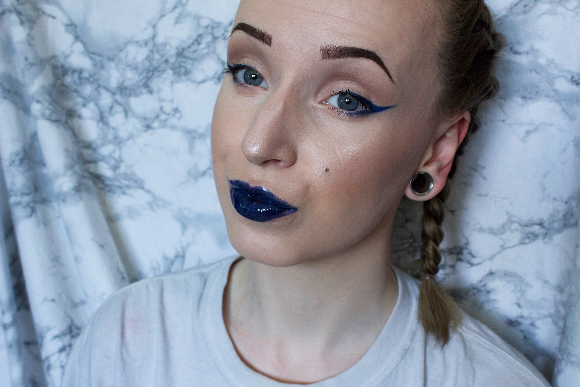 Makeup look: Blue