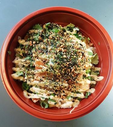 Poké bowl på Ramen Skanstull, Food Court