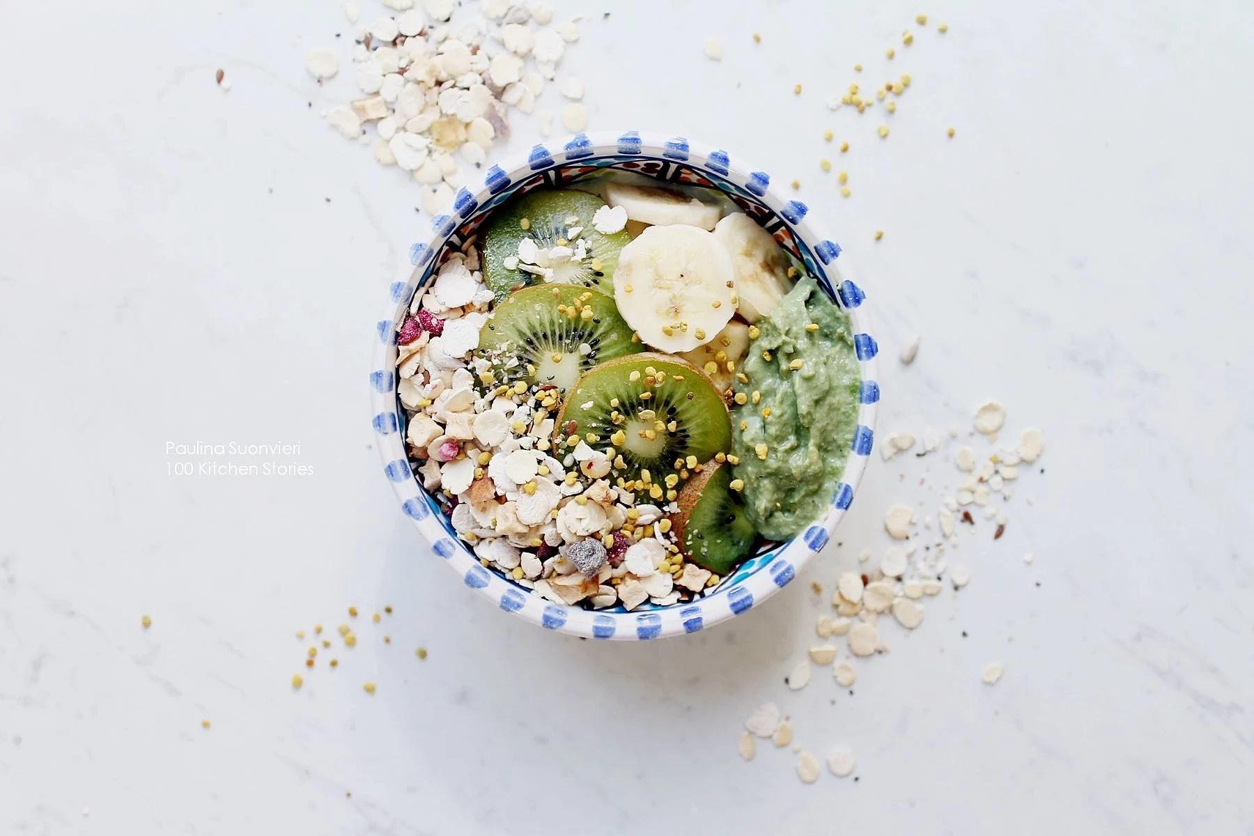Vegan Oatmeal with Protein Rich Granola, Bee Pollen & Raw Avocado Cream
