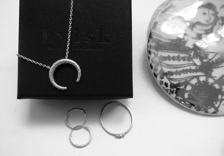 Giveaway // Vind smykker fra Hvisk