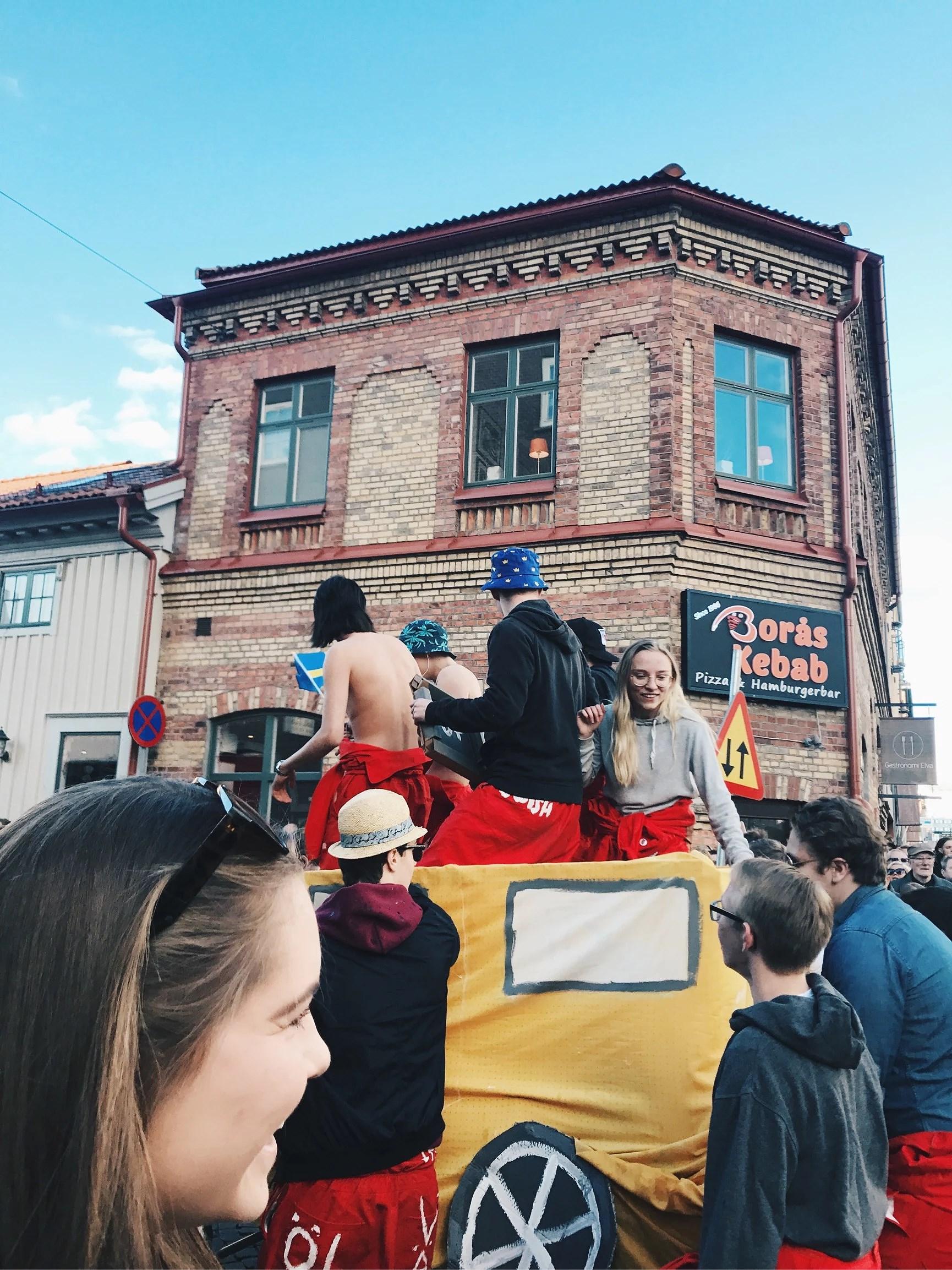 KORTEGE & VALBORG