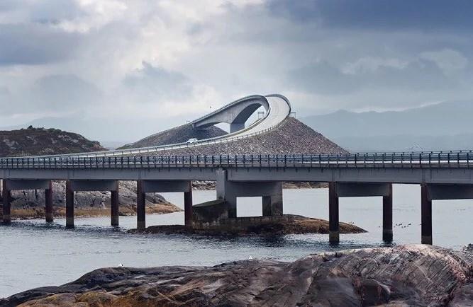 This bridge looks crazy