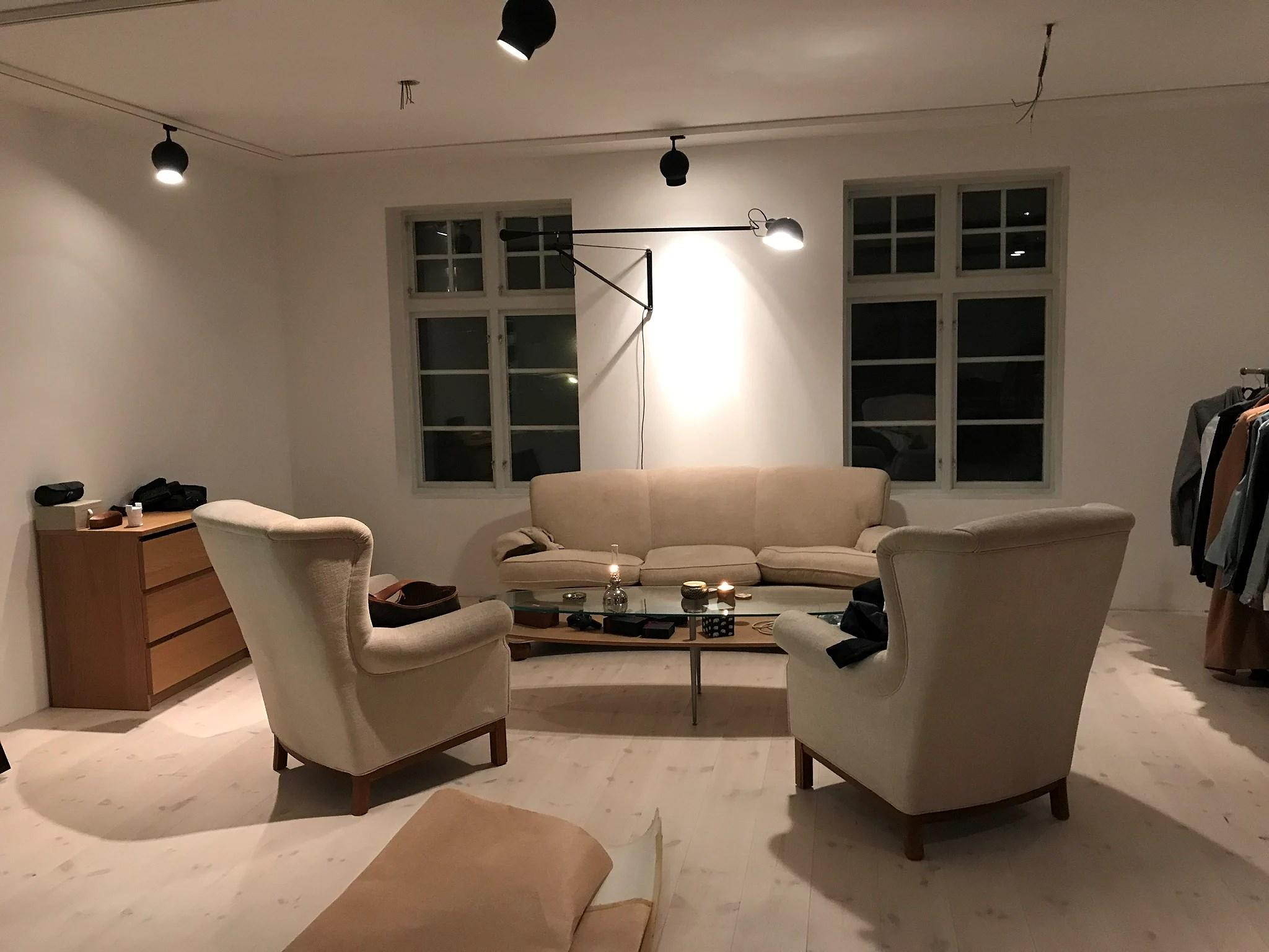 Före- och efterbilder på våran soffa