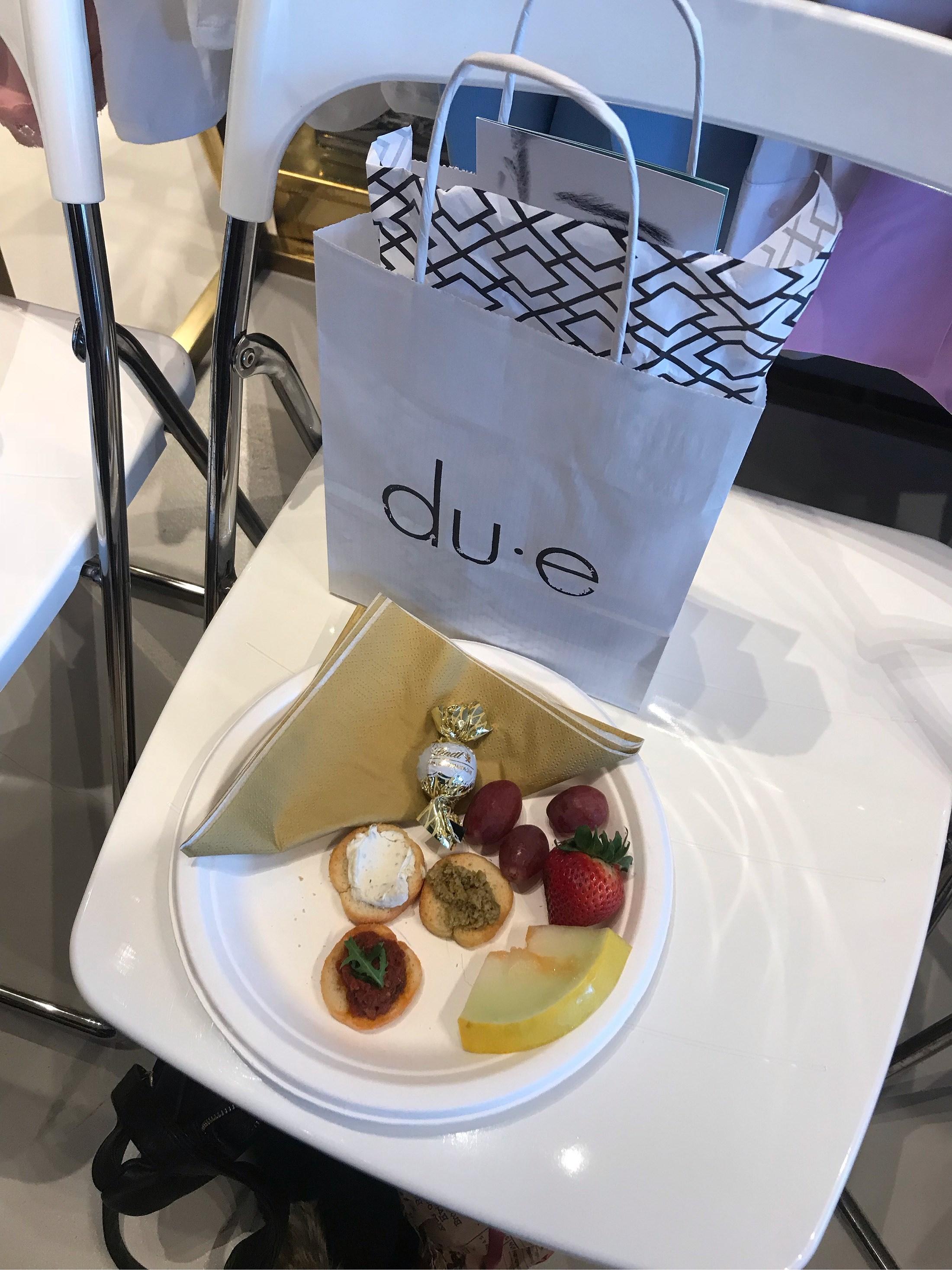 [tjejkväll] med shopping och bubbel