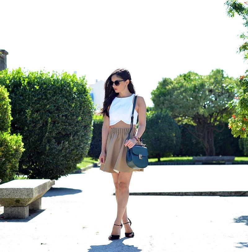 Zara_ootd_outfit_camel_falda_crop_top_02