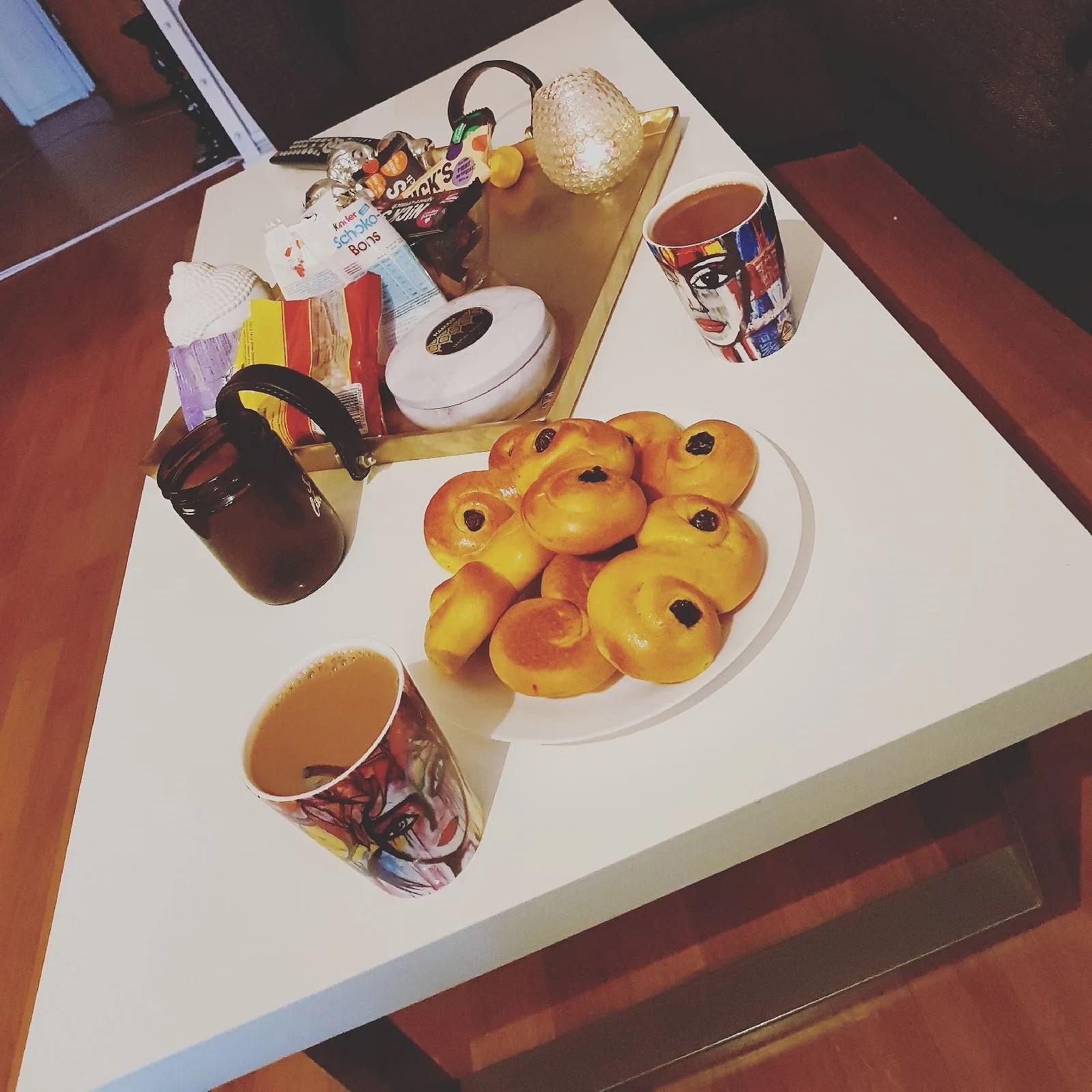 Kaffe, fika, kaffe; om och om igen..