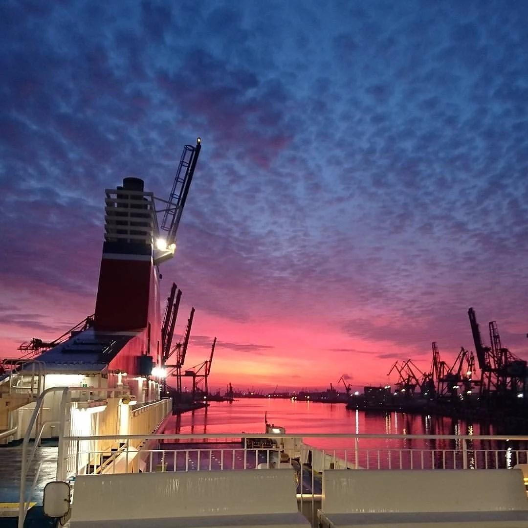 En tidig morgon i Gdynias hamn