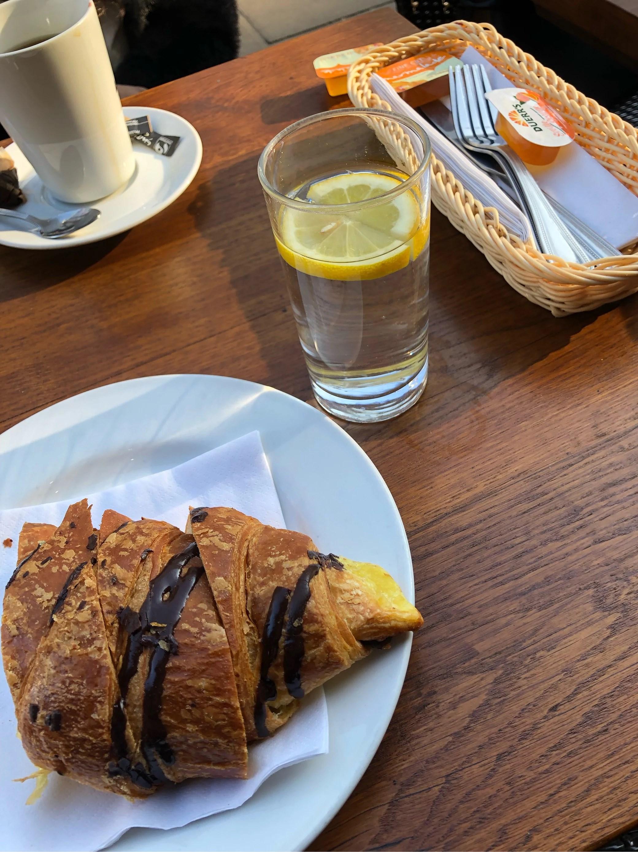 Sista frukosten I London