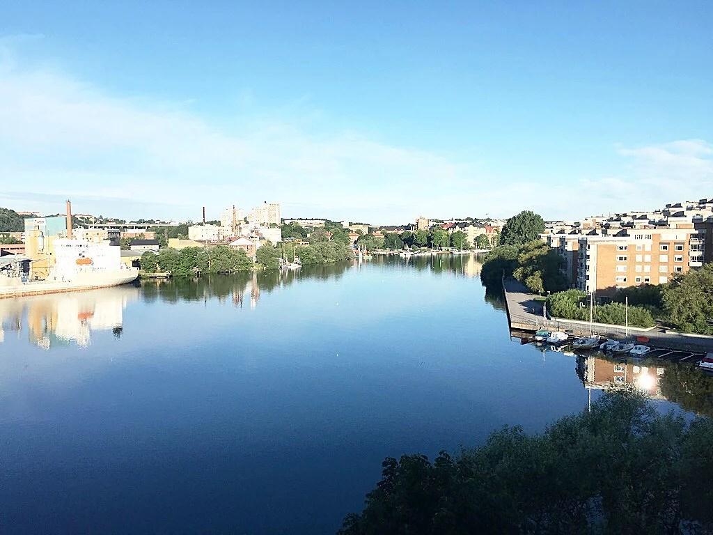 Vindstilla Sommarmorgon