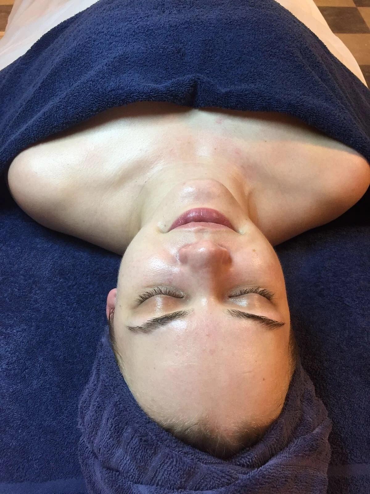 Ansiktsbehandling á Marielle