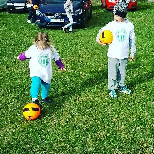 Fotbollslekis!