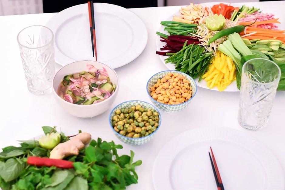 Girls' night // Farverige og friske vietnamesiske forårsruller