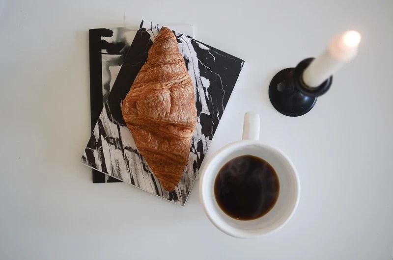 CROSSIANTS AND COFFEE