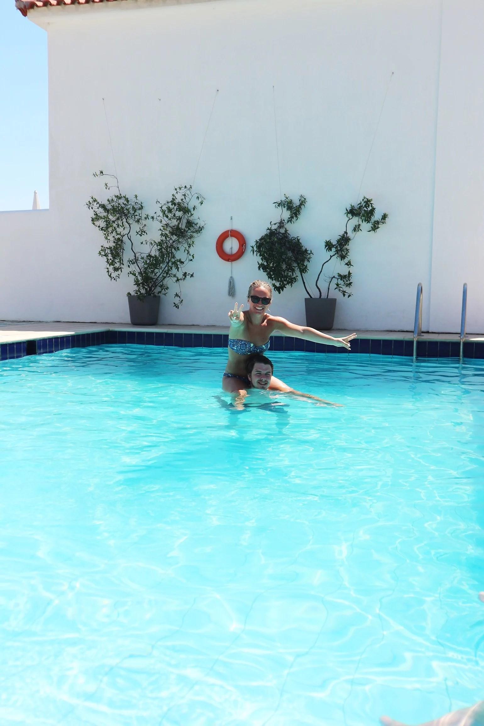 Poolhäng