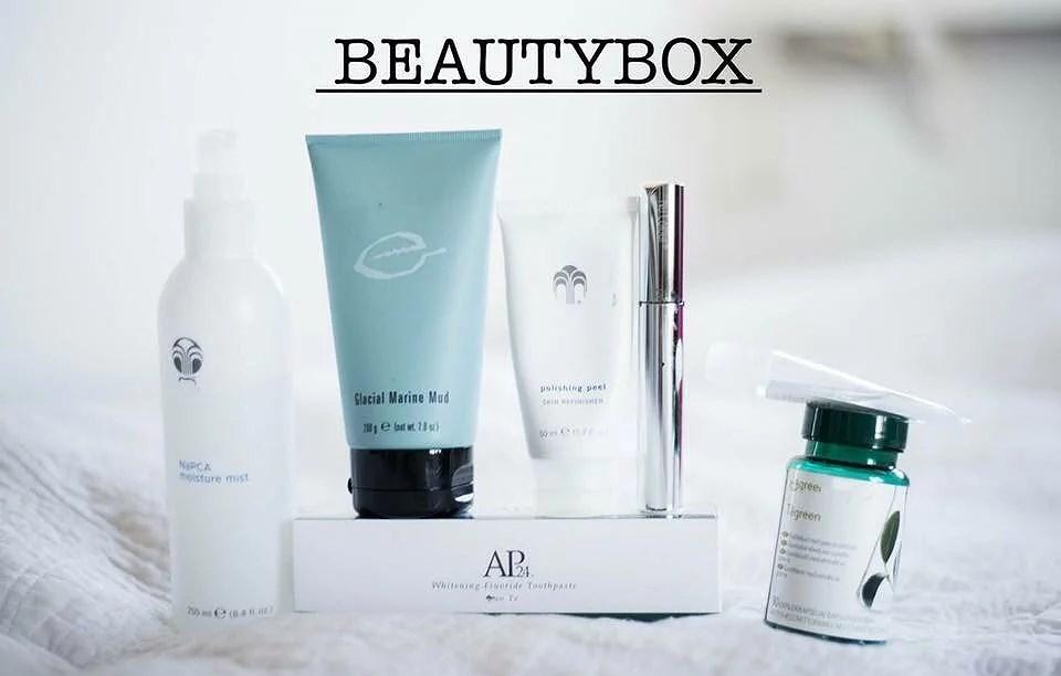 Våran beauty box!!!
