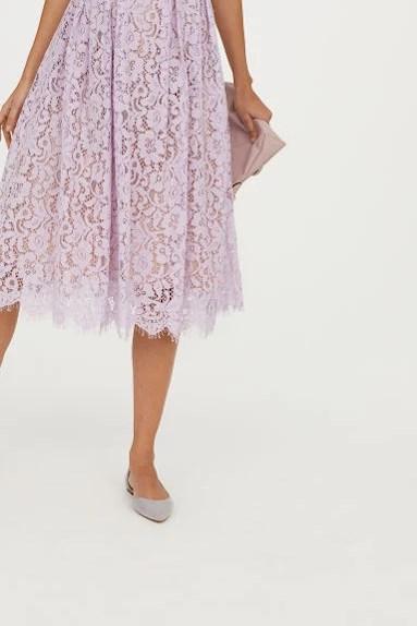 Ljuslila spetsklänning från HM