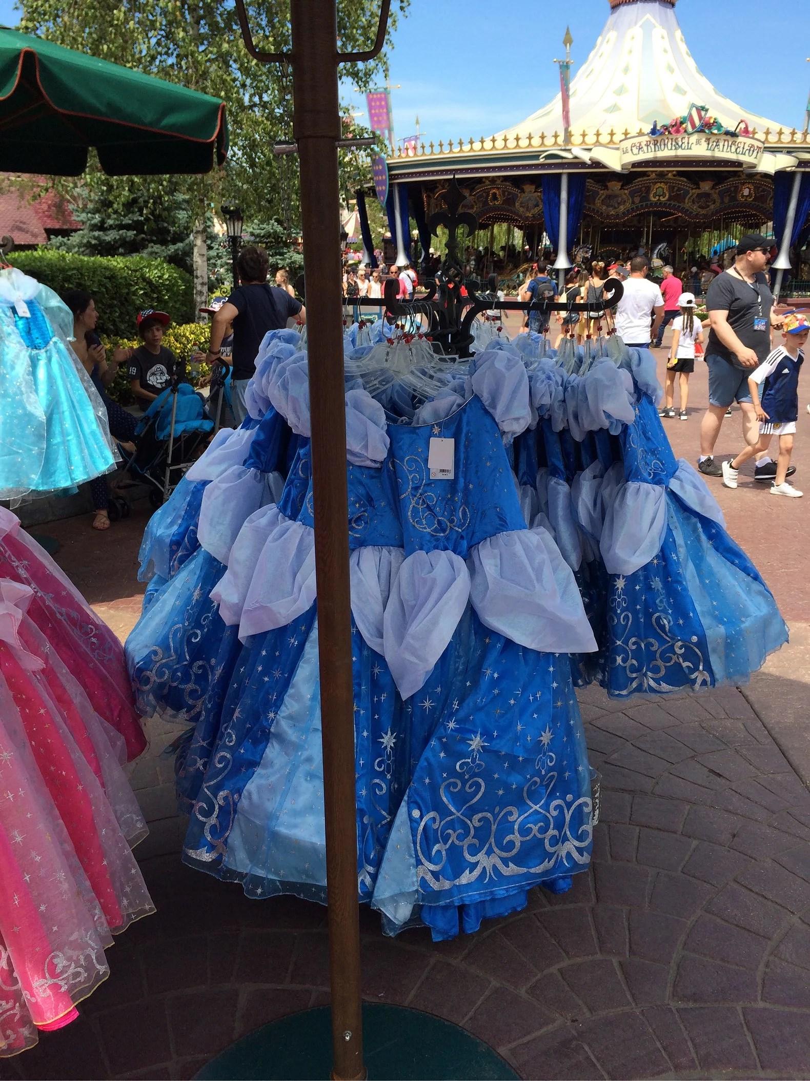 Prinsessklänningar på Disneyland Paris