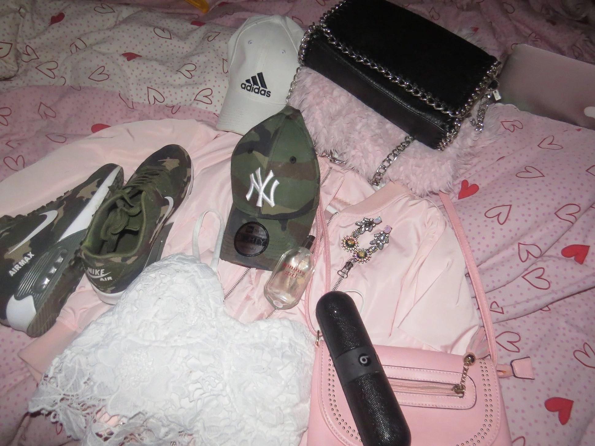 Provar kläder för morgondagen