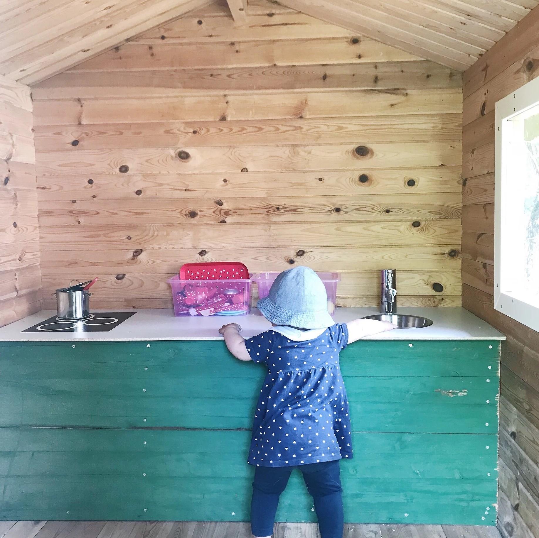 Ett litet kök till lekstugan