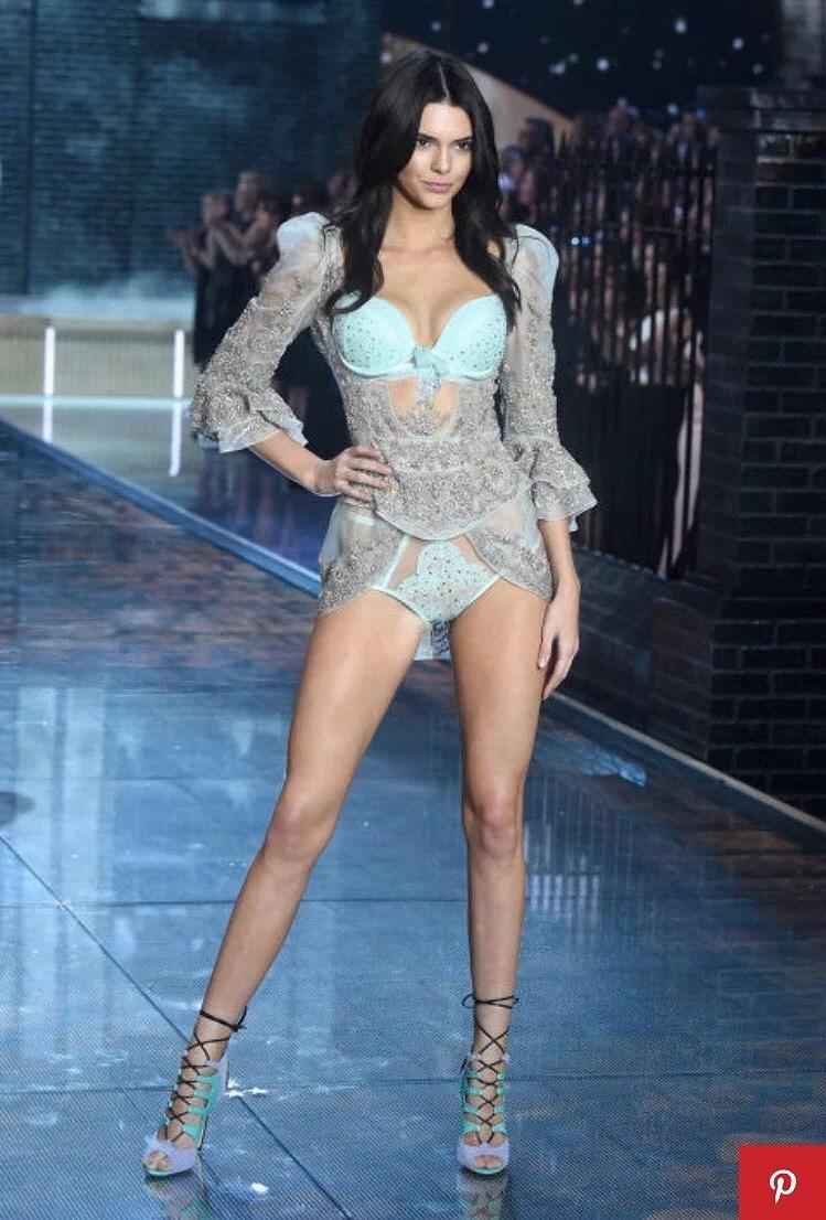 Victoria's Secret Fashionshow 2015