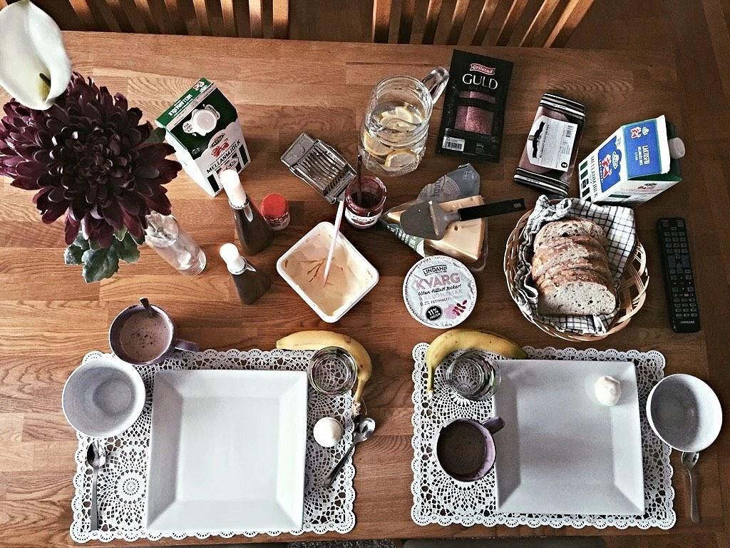 Frukosten serverad
